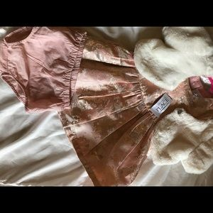 ✨NWT The Children's Place Peach Creme Outfit ✨